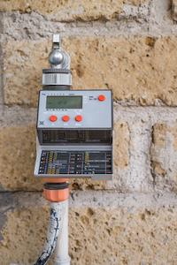 Ein Bewässerungscomputer erspart viel Zeit bei der Gartenbewässerung